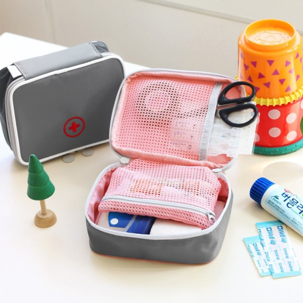 Mini Outdoor First Aid Kit Bag