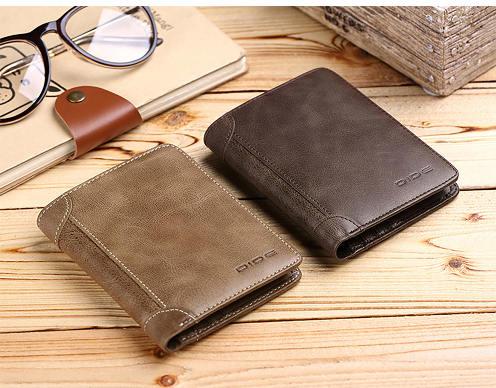 Handmade Folio Genuine Leather Men's Wallet, Durable Foldable First Layer Leather Wallet with Multiple Compartments for Driver License ID Card Receipt Cash Coins 18