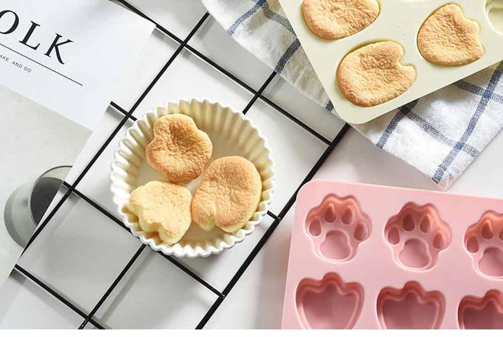 Cartoon Cake Mould, Paws Nonstick Baking Mold, Durable Soap Mold 12