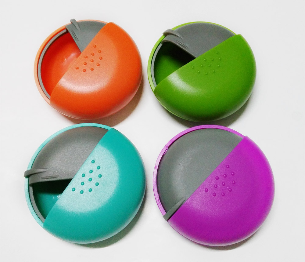 Round Pill Box Organizer Rotary Switch Mini Medical Pill Case for Pills Jewelry Chewing Gums 9