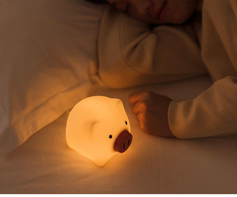 Pig Night Light, Ultrasoft Skin-friendly Silicone Piggy Light Present For Girls or Child 8