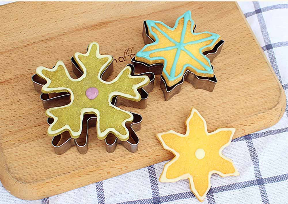 Mini Christmas Cookie Cutter Set, Stainless Steel Biscuit Mold Set 6
