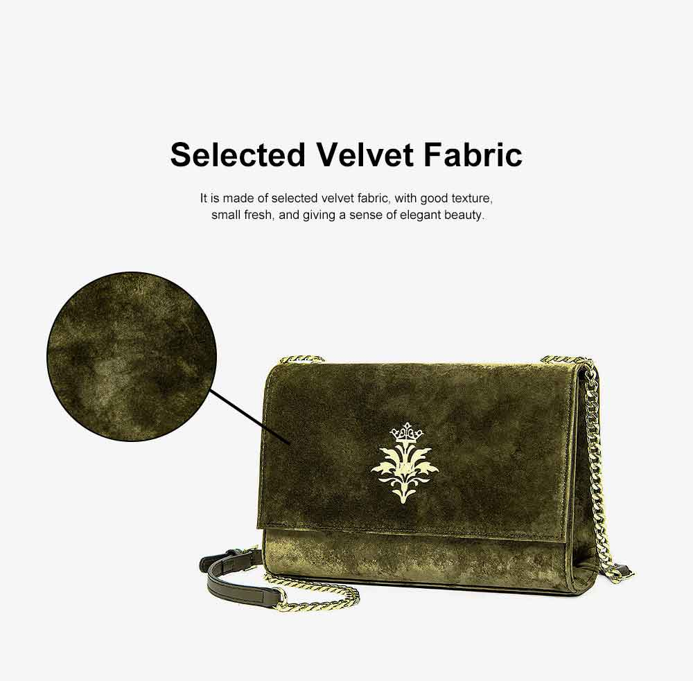 New Velvet Fashion Flip Cover Small Square Bag, Ladies Shoulder Bag, Autumn Winter, 2019 5
