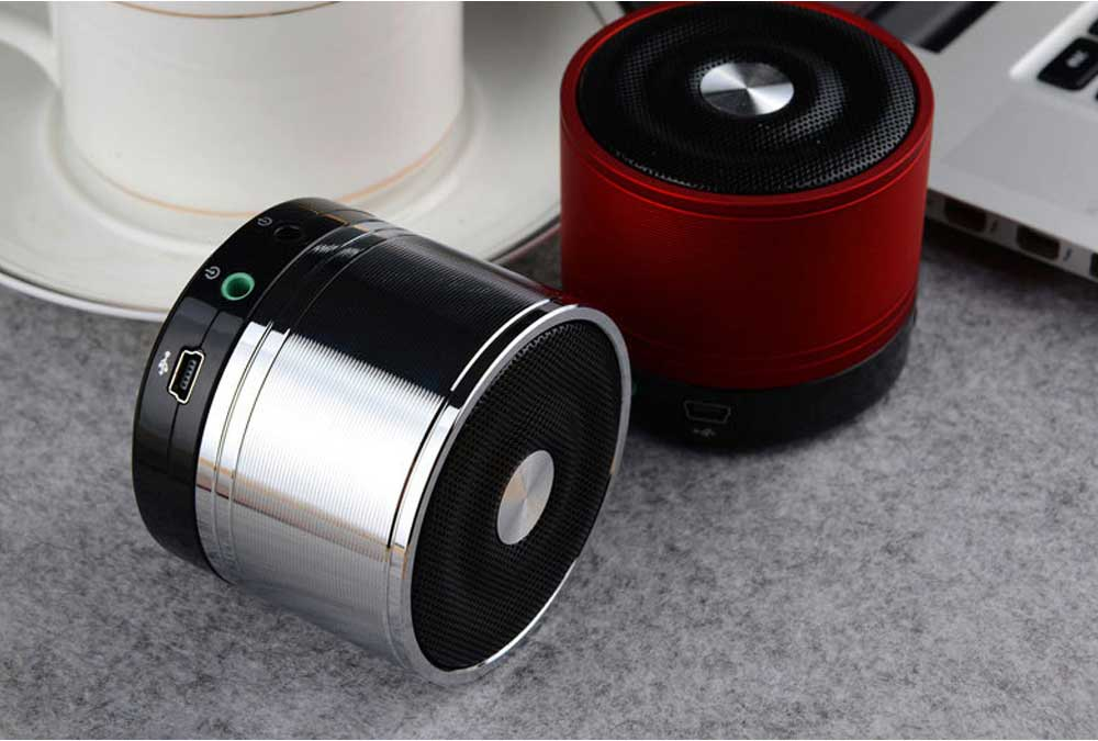 Portable Wireless Speakers Outdoor Rechargeable Bluetooth Speaker HD Sound &Bass Mini Stereo Speaker with Built-in Mic and SD/TF Card 6