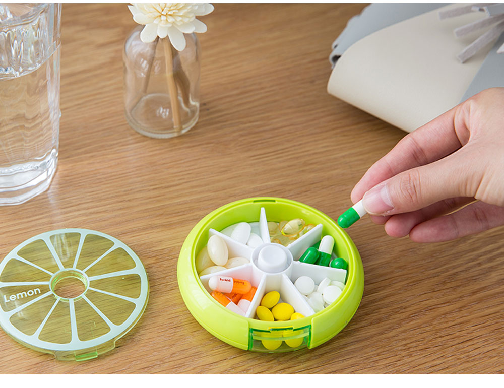 7 DAY Organizer Mini Pill Box Plastic Medicine Box for Pills Vitamin Tablets One-week Pill Organizer Container 7