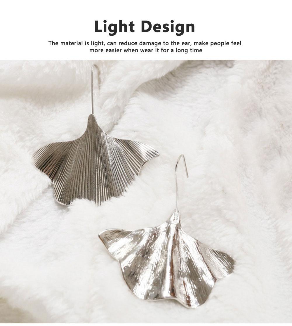 Minimalist Alloy Gold Ginkgo Biloba Leaf Simple Folded Female Hammered Creative Stud Earrings Multi Layer Acrylic Bohemian Fashion Jewellery 2