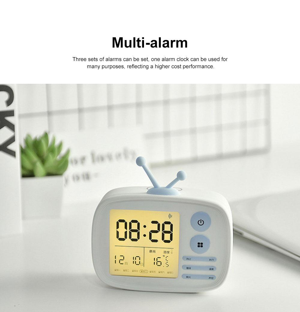 Retro TV Modeling Alarm Clock, Creative Cartoon Voice Charging Electronic Clock for Student Dormitories, Night-light Children's Bedside Alarm Clock 3
