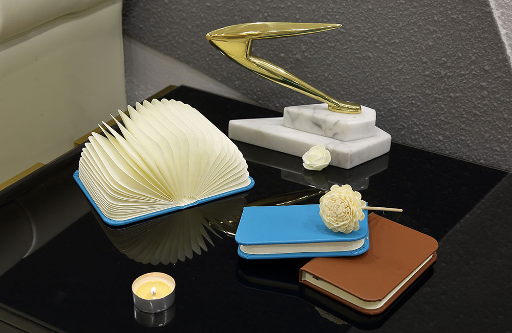Creative Delicate Book Model Folding USB Charging Bedside Lamp Leather Cover Notebook Colorful Night Light 10