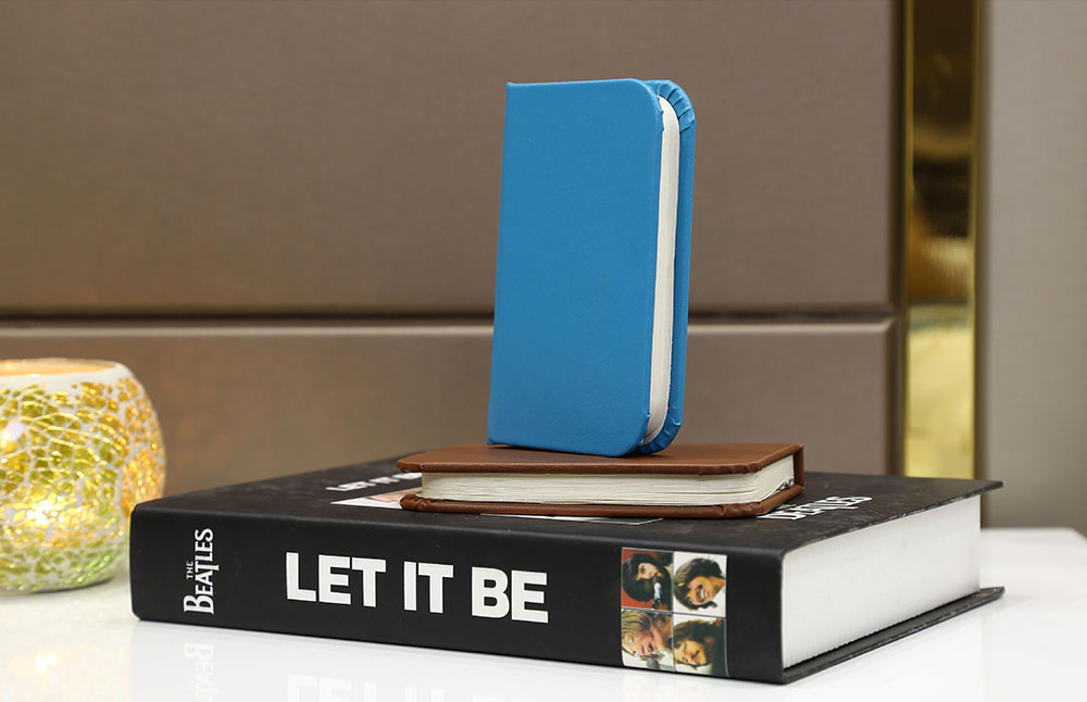 Creative Delicate Book Model Folding USB Charging Bedside Lamp Leather Cover Notebook Colorful Night Light 11
