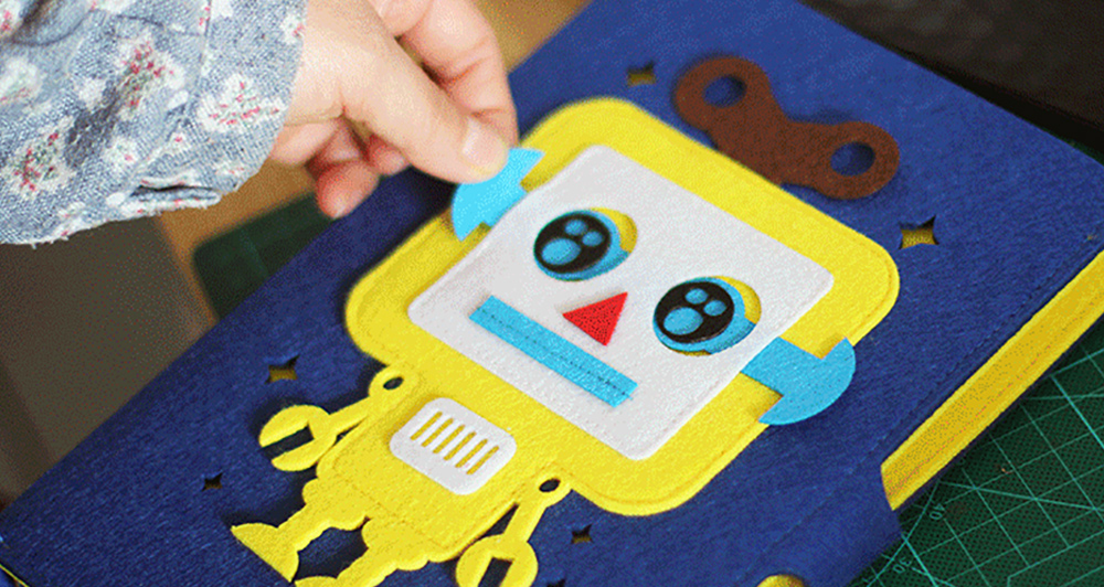 Creative Notebook with Bright Robot Design Felt Material Grid Horizontal Line for Student Kids 6
