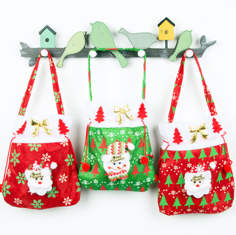 Christmas Gift Santa Claus' Candy Bag for Christmas Day Present Velveteen Handbag with Gold Decoration Three Patterns 5