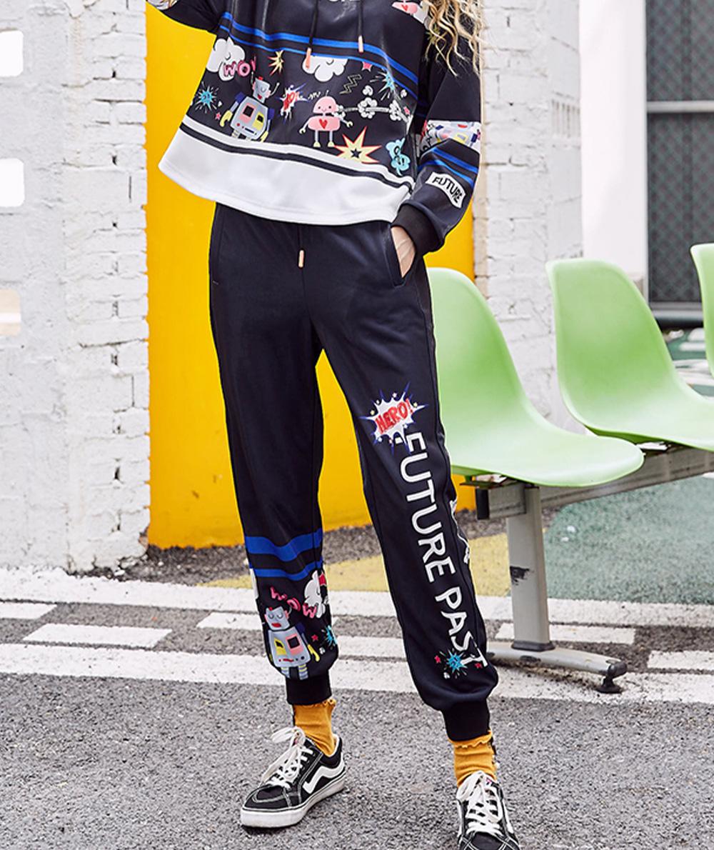 ZVBV 2020 New Style Harem Pants for Women Wear Black Loose Harem Trousers Printed Letter Pattern Sweatpants 3