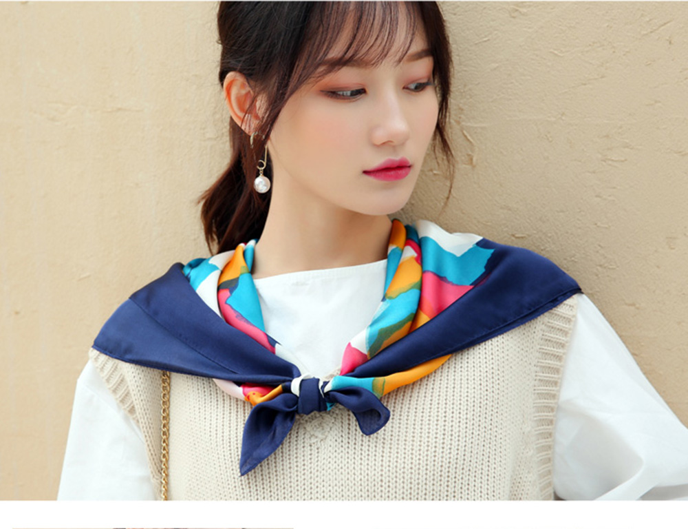 Autumn and Winter Style Fashionable Small Square Scarf Versatile Scarf Neck Protection Korean Small Scarf 6