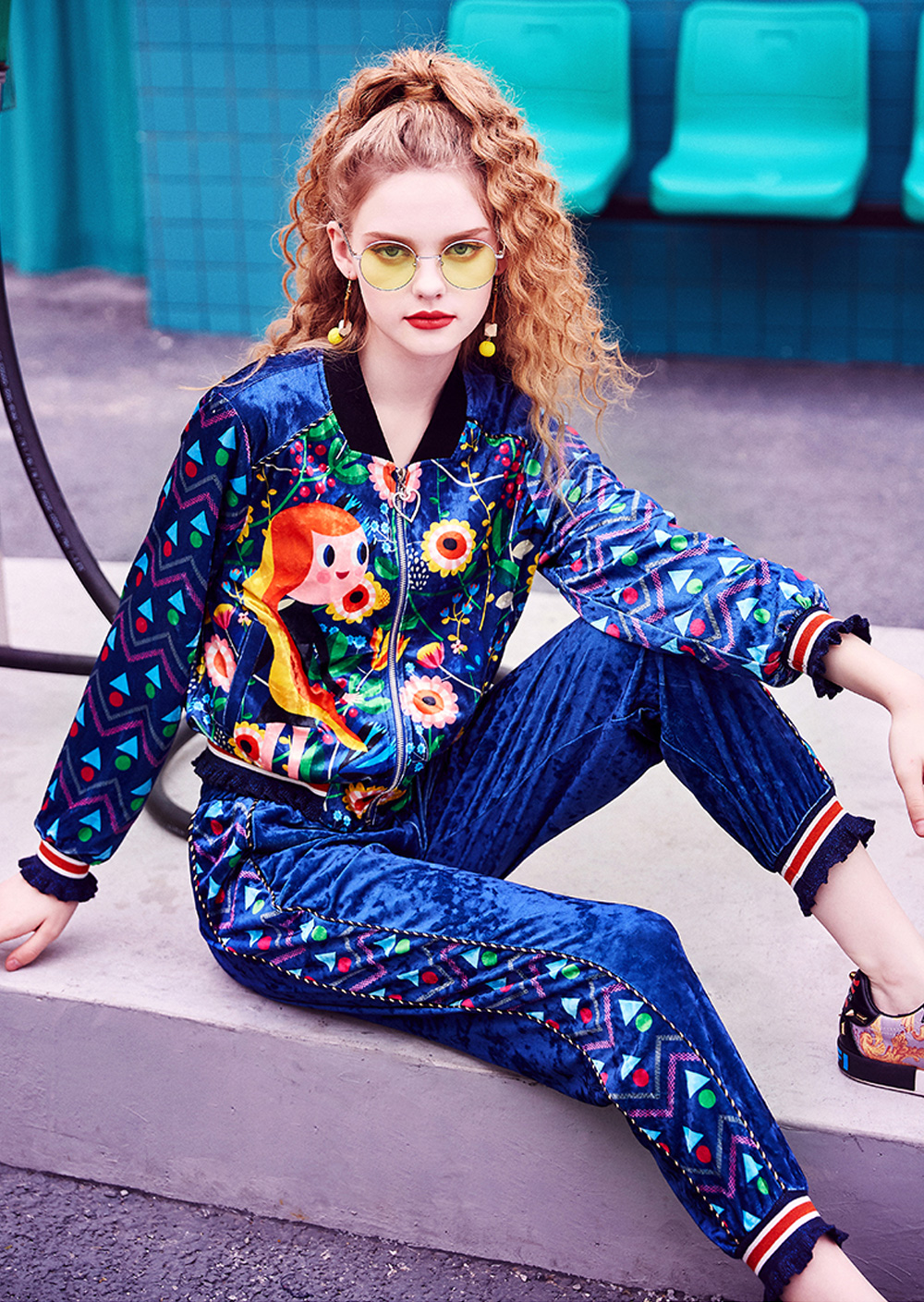 2020 Women's Velour Tracksuit Set with Long Sleeve Top Long Pants 2 Piece Sporty Velvet Suits with Printed Flowers 2