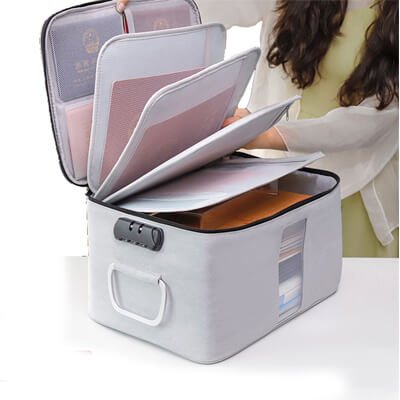 Multifunctional Card Organizer