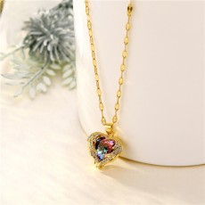 Korean version of the sea heart necklace love color crystal pendant 18k gold titanium steel clavicle chain zircon jewelry