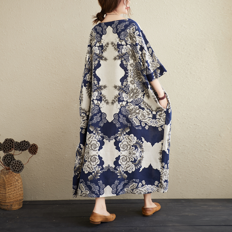 Ladies' Cotton And Linen Literary Oversize Dress Blue and White Porcelain Retro Simple Gown 3