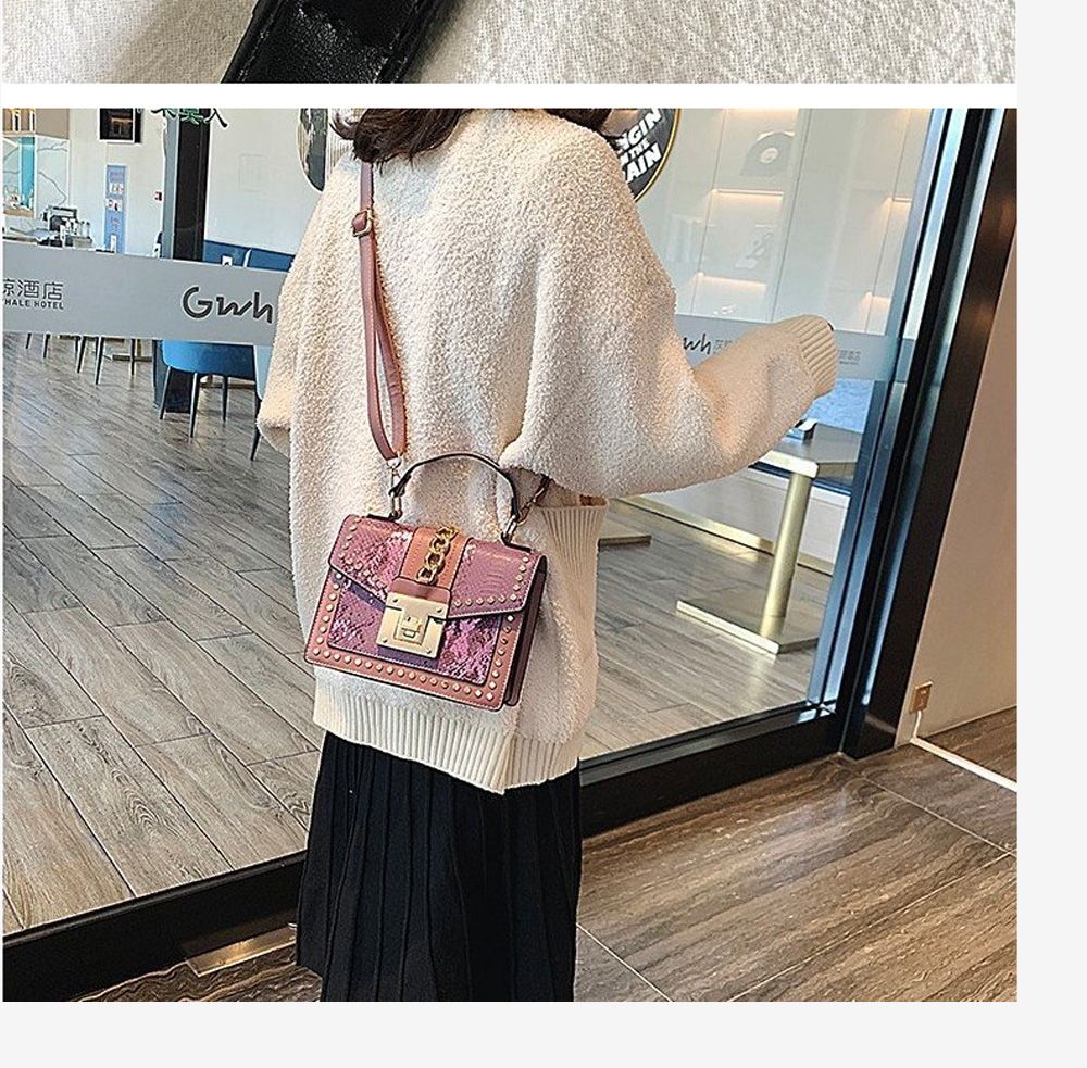 Fashion Snake Pattern Portable Small Female Bag 2020 New European And American Personality Atmospheric Messenger Shoulder Bag Wild Small Square Bag  5