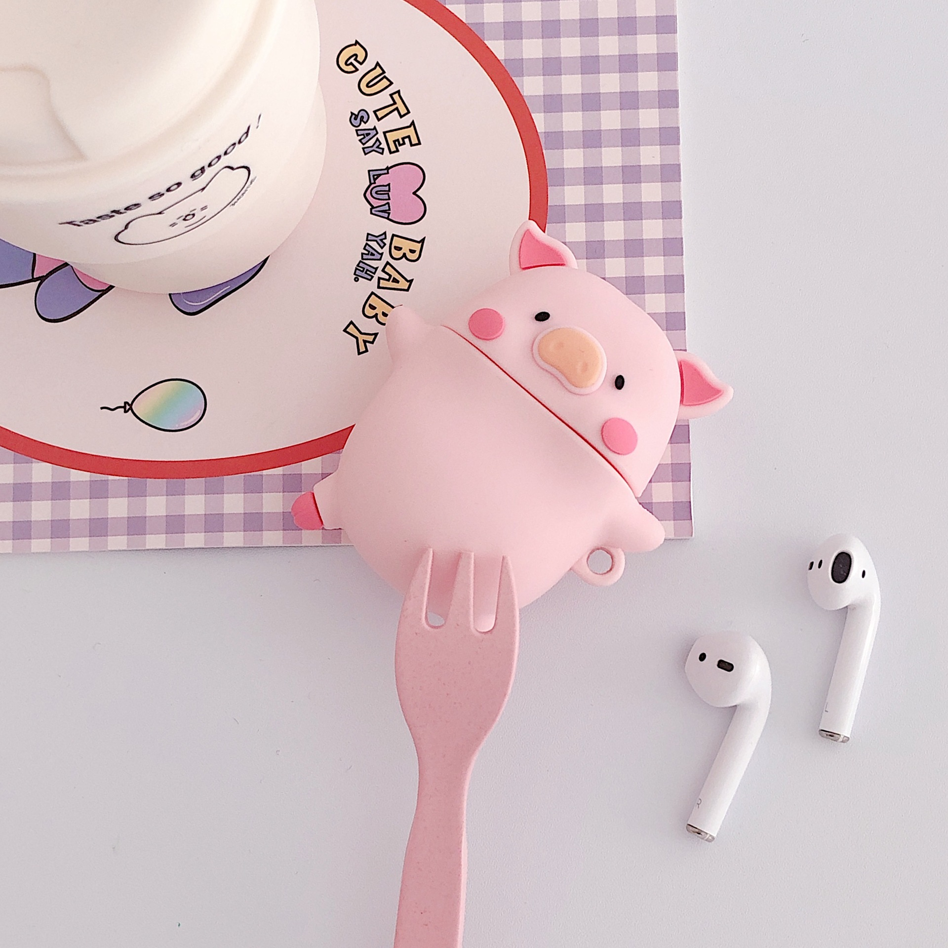 Cute Three-dimensional Expression Pig AirPods Pro Protective Case For Apple 1/2 Generation Bluetooth Headset Case Silicone Soft 3