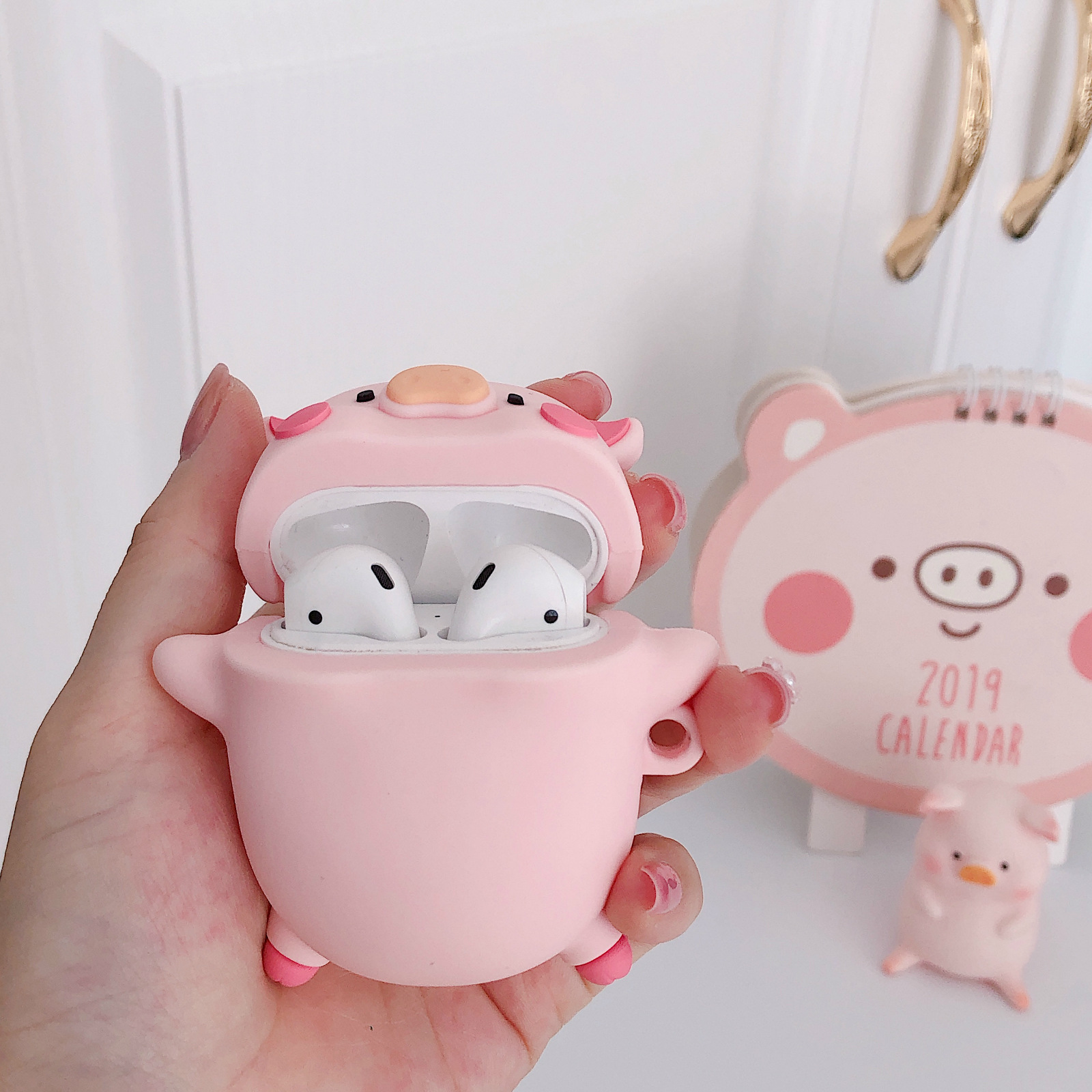 Cute Three-dimensional Expression Pig AirPods Pro Protective Case For Apple 1/2 Generation Bluetooth Headset Case Silicone Soft 5