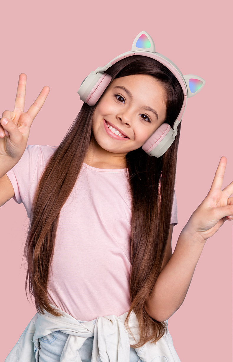 New Student Cute Cat Ear Headset Wireless Cartoon Bluetooth Gaming Headset Mobile Phone Explosion Headset 0