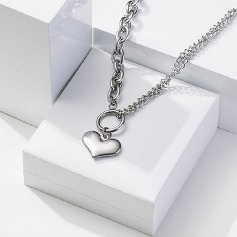 Love Thick Chain Stitching Peach Heart Exaggerated Jump Di Harajuku Retro Personality Titanium Steel Necklace Jewelry 2