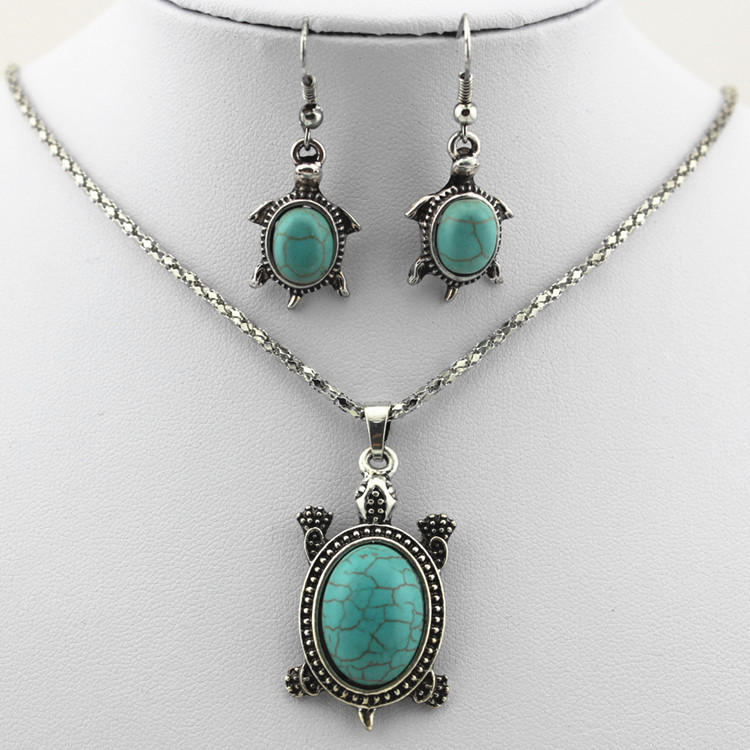 Natural Turquoise Tortoise Necklace and Earrings Set Turtle Alloy Necklace and Earrings Two-piece Set 0