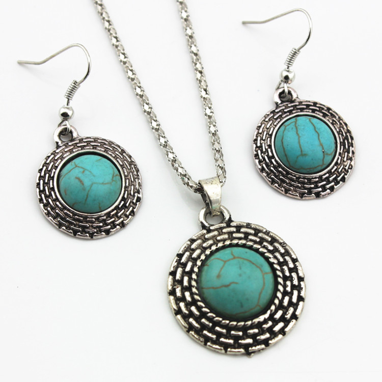 European Style Retro Round Turquoise Necklace Earrings Two-piece Turquoise Pendant Earrings Set 0