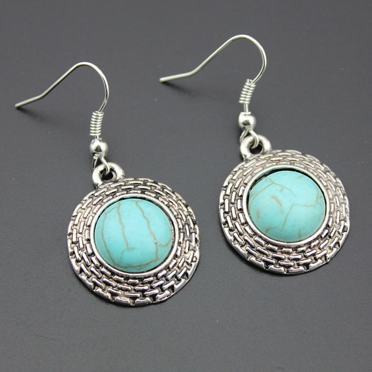 European Style Retro Round Turquoise Necklace Earrings Two-piece Turquoise Pendant Earrings Set 3