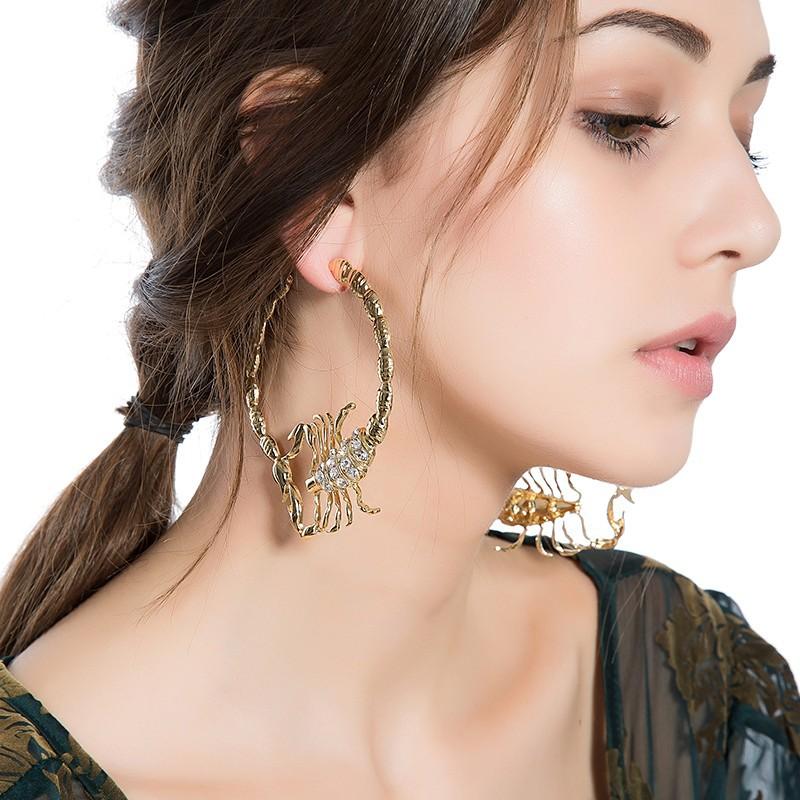 Stylish Environmentally Friendly Alloy Diamond-studded Scorpion Earring For Ladies 0