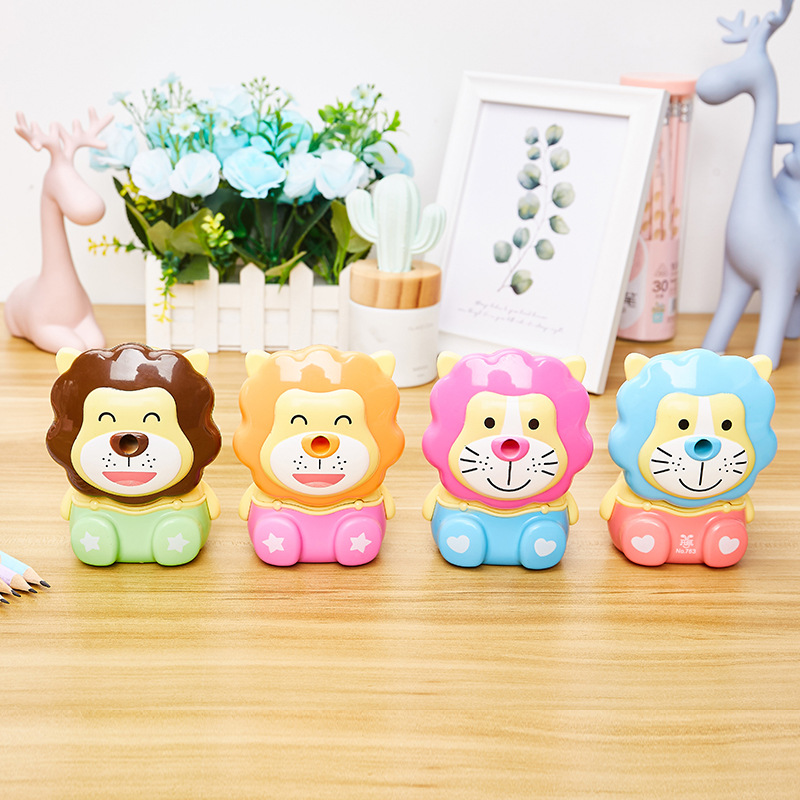 Cute And Fashion Pencil Sharpener With Little Lion  Design Creative Gift For Students 2