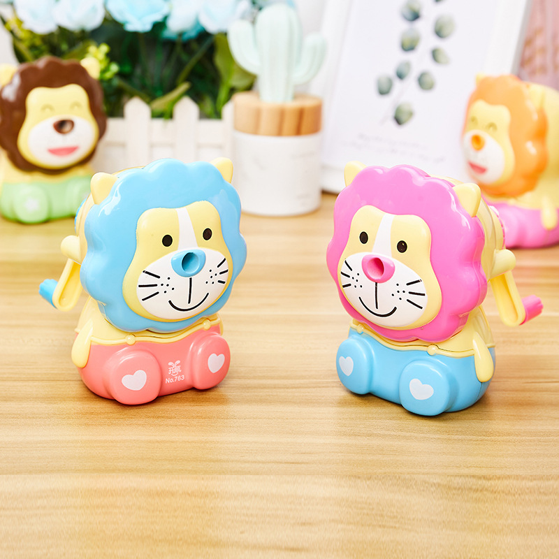 Cute And Fashion Pencil Sharpener With Little Lion  Design Creative Gift For Students 1