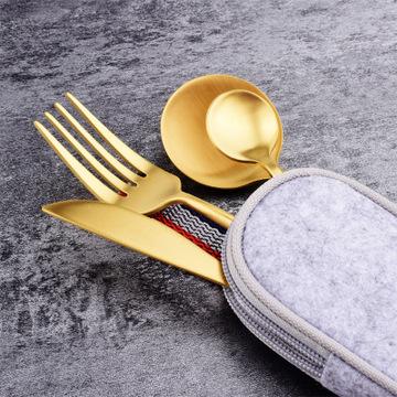Gift Tooth Knife Fork Spoon Set Black Gold Titanium Paint Portable Cloth Bag Outdoor Travel Tableware Set 5 Piece MOQ 1 set 1