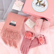 Birthday Present For Mother, Creative Gift Set of Scarf Gloves Earmuff, Elegant Gift Three-piece Set for Warm Winter