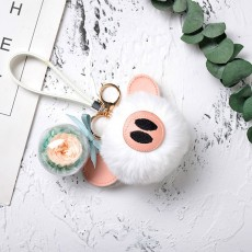 Keychain Ornament with Preserved Rose, Cartoon Pig, Creative Key Chain Ornament As Gift for Girlfriend