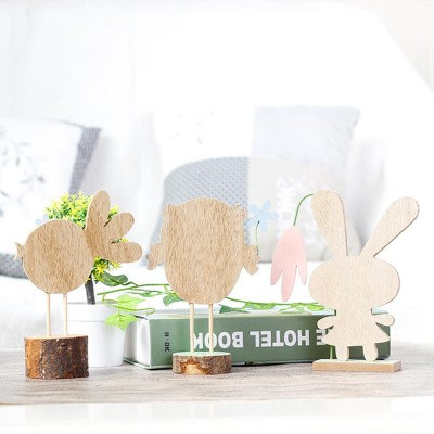 Office and Living Room Easter Decoration - Handmade Wooden Animals with Texture Buckle and Hanging Bead