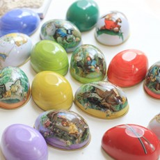 Cartoon Small Easter Eggs for Wedding Candies Storage, Tinplate Egg for Baby's One Month Celebration Candy Box, Creative Easter Eggs