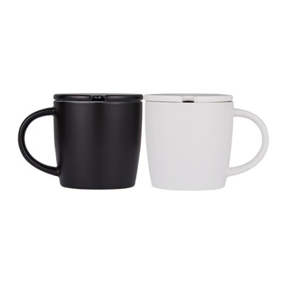 Minimalist Ceramic Mug with Wood Spoon and Cover, Stylish Milk Cup Coffee Cup, Black