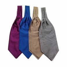 Men's Plaid Square with Pure Hand Hemming, Scarf Collar, Silk Scarves Preventing Bask in A Suit