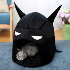 Classic Batman Modelling Cat Nest, with Removable and Washable Cushion, Selected PP Cotton Cat House
