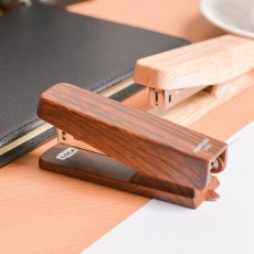 Office Mini Staplers Fashion Wooden Stapler Portable Stationery Office Goods with Staples