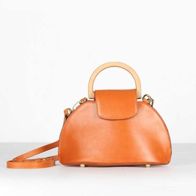 Leather Crossbody Bag, One-shoulder Retro Ladies Bag, with Metal Magnet Buttons with Single Shoulder Rope Handle Design