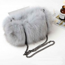 Selected Fox Fur Ladies Shoulder Bag, Beautiful Diagonal Crossing Bag, with Shoulder Strap Buckle