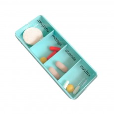 Large Capacity Pill Box with Transparent Cover, Visible Pill Case with Four Compartments Daily Pill Box