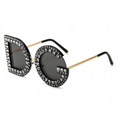 Sunglasses with Diamond Decoration Anti-Glare UV Protection PC Lens Stylish Design for Women