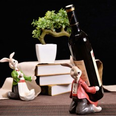 Wine Rack with Creative Cartoon Rabbit, European Resin Home Crafts Restaurant Fashion Wine Cabinet Decoration for Easter