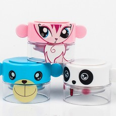 Cute Cartoon Pill Case Tablet Crusher for Kids, Pill Powder Grinder with Compartments for Storing 1 Day Dose