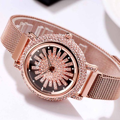 Stylish Quartz Watch with Large Glass Dial Diamond Mounted Watch 360 Degree Rotation Milanese Mesh Strap Wristwatch for Women