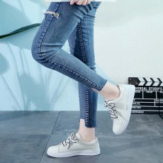 Low Tops Canvas Shoes for Women and Girls Fashion Style Breathable Canvas Microfiber Lining Rubber Sole Chalaza sneakers