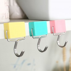 Magnetic Hooks Super Suction Microwave Refrigerator No Trace Hanging for Refrigerator and Lockers